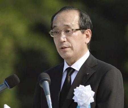 Кметът на Хирошима иска от Обама реални стъпки към ядреното разоръжаване