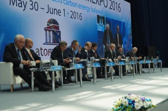 Сергей Кириенко: За 1 година руските АЕЦ спестяват на света изхвърлянето на 711 милиона тона въглероден двуокис