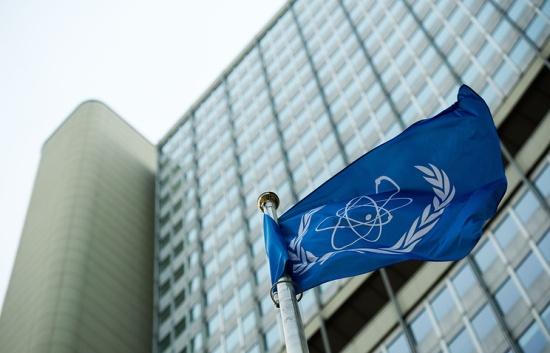 Съветът на управляващите на МААЕ се съсредоточи върху ядрените програми на Иран и КНДР