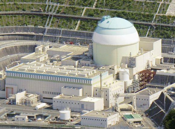 """Япония –Реакторът на трети енергоблок на АЕЦ """"Иката"""" излезе на МКУ"""