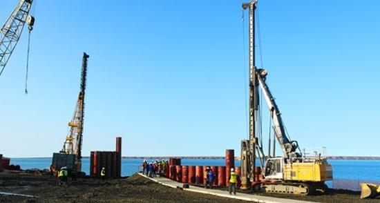 """""""Росенергоатом"""" започна изграждането на бреговата инфраструктура за плаващата АЕЦ """"Академик Ломоносов"""""""