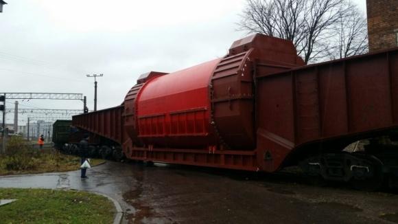"""Модернизираният статор за турбогенератора на 5-ти енергоблок пътува към АЕЦ """"Козлодуй"""""""