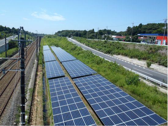В покрайнините на Токио започна строителството на най-дългата слънчева електроцентрала.