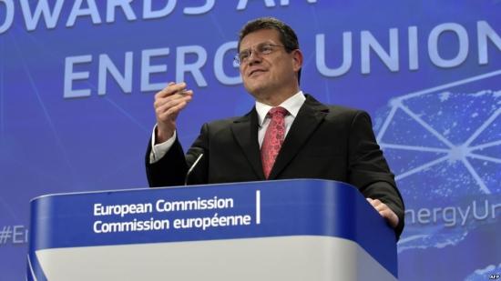 """До 2030-та година делът на """"зелената"""" енергетика в ЕС ще достигне 50%"""