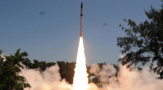 Индия е извършила успешни изпитания на балистичната ракета Agni-4