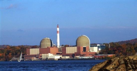 Основният доставчик на електроенергия за Ню-Йорк АЕЦ Indian Point ще бъде затворена до 2021 година
