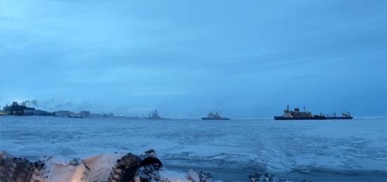 Започна доставянето на строителни материали за бреговите съоръжения на ПАТЕЦ в Певек