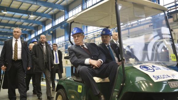 Чешкият президент Милош Земан е за развитие на ядрената енергетика в страната