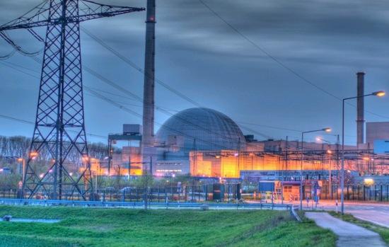 Извънредна ситуация бе обявена на 5 АЕЦ в Германия