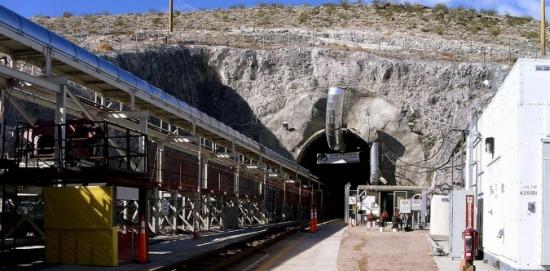 """В САЩ отново се повдига въпросът за реанимиране на проекта за хранилището за ядрени отпадъци """"Yukka Mountain"""""""