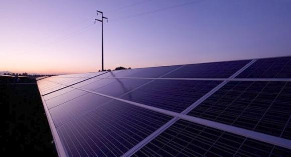 Китай – новите слънчеви панели генерират електроенергия независимо от времето в денонощието и от атмосферните условия