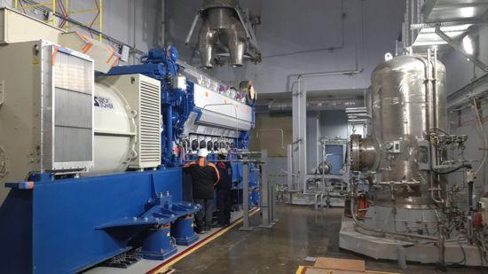 Първият от четирите дизел-генератора на строящия се първи блок на Ленинградската АЕЦ-2 бе завъртян на празен ход