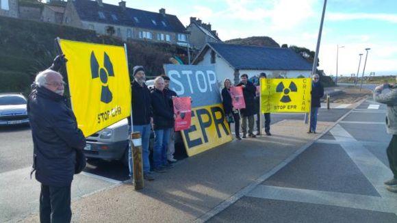 """Франция – """"GreenPeace"""" и други екологични организации искат спиране строителството на """"Flamanville-3"""" с реактор EPR-1600"""
