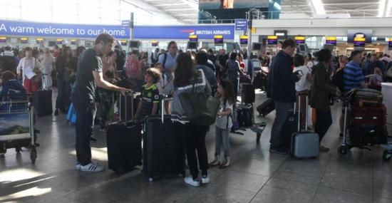 Причината за компютърния срив на British Airways са проблеми с електрозахранването