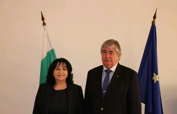 Министър Петкова и руският посланик у нас Анатолий Макаров обсъдиха съвместното сътрудничество в областта на енергетиката
