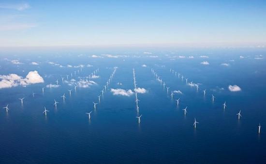 Една от най-големите в света офшорна вятърна ферма бе открита по крайбрежието на Холандия