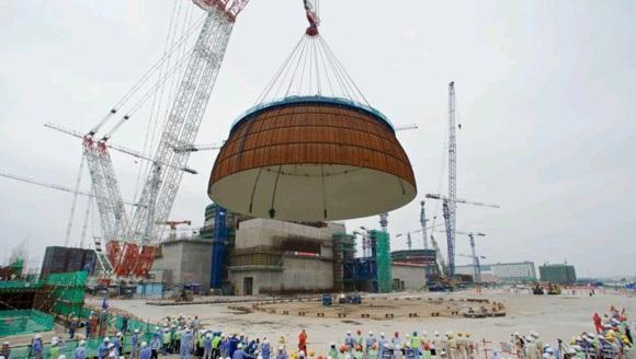 """Поставиха купола на първия """"Китайски дракон"""", започва монтажът на оборудването в ядрения остров"""