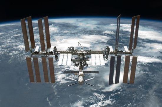 Астронавтите от NASA ще излязат в открития космос за спешен ремонт на МКС