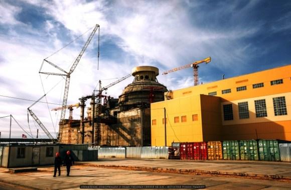 НВАЕЦ-2 – започна монтажът на елементи от системата за пасивно отвеждане на топлината на строящия се втори енергоблок