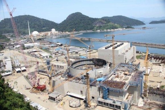 """Бразилия търси частен партньор за завършване изграждането на АЕЦ """"Angra-3"""""""