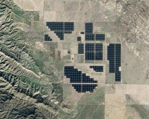 САЩ – Калифорния ще доплаща на съседните щати за да вземат излишната електроенергия от слънчевите и електроцентрали