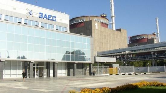 Първи енергоблок на Запорожската АЕЦ е спрян за планов ремонт.  За смяна на ядреното гориво с американско засега не се говори.