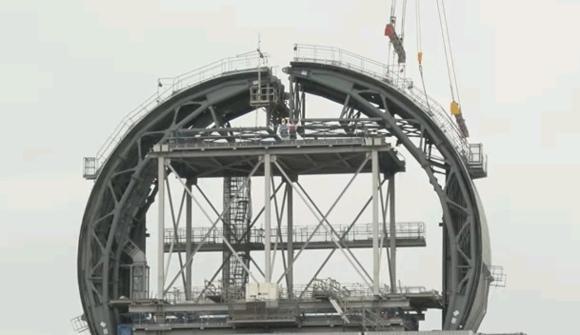 """АЕЦ """"Фукушима-1"""" – Над басейна за отлежаване на касетите изграждат защитен купол"""