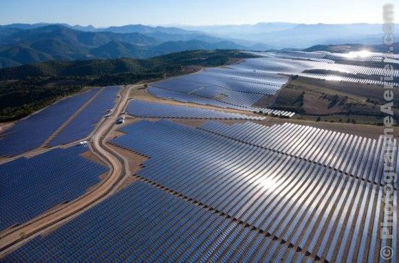 Преходът към нови енергийни източници няма да сложи край на енергийната геополитика – Bloomberg View