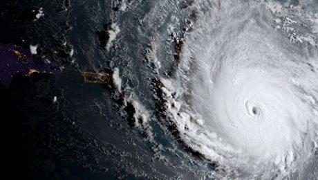 """САЩ – Във Флорида спират две АЕЦ поради приближаващия ураган """"Ирма"""""""