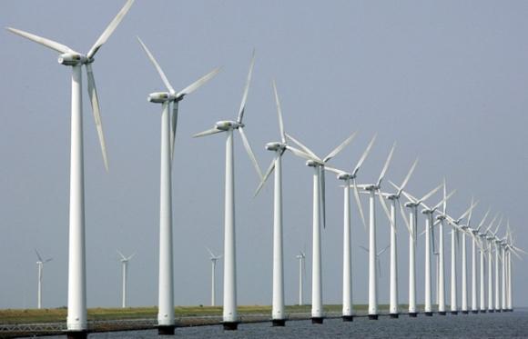 Стотици вятърни генератори в Холандия работят на загуба