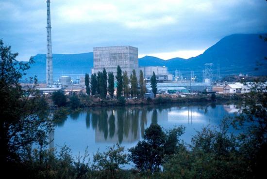 Испания – Извеждането от експлоатация на всичките ядрени енергоблокове ще възлезе на 13 милиарда евро
