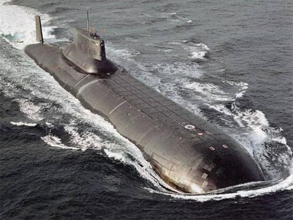 """Русия ще утилизира най-големите подводници в света по проекта 941 """"Акула"""""""