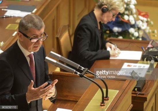 Чехия – Премиерът Бабиш е за изграждане на нови ядрени енергоблокове