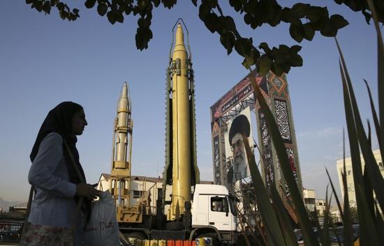 Министерството на външните работи на Китай подкрепя запазването на споразумението за Иран и e срещу едностранните санкции на САЩ