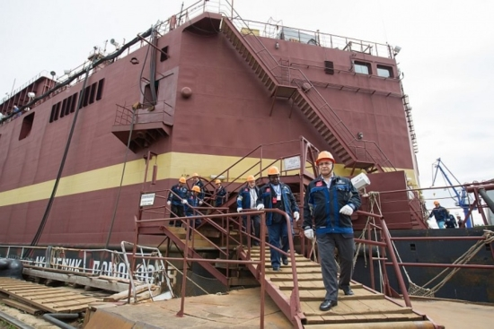 На Балтийския завод завърши един от най-важните етапи преди изтеглянето на буксир на първата в света плаваща АЕЦ в Мурманск