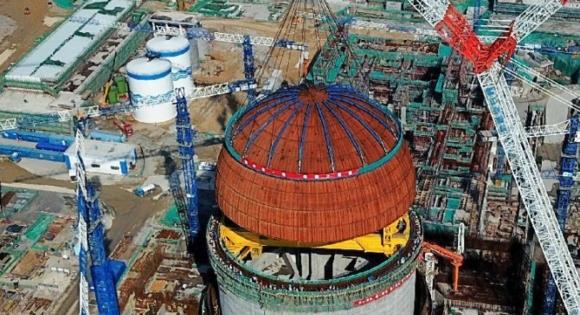 """Китай – Завърши монтажът на купола на ядрения остров на шести енергоблок на АЕЦ """"Fuqing"""""""