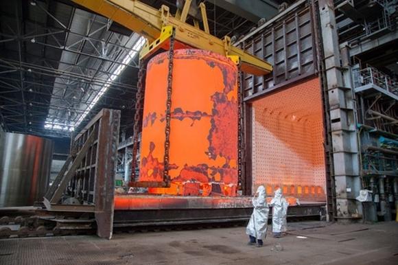 ВВЭР-ТОИ – Атоммаш произведе дъното на пилотния екземпляр на корпуса на реактора