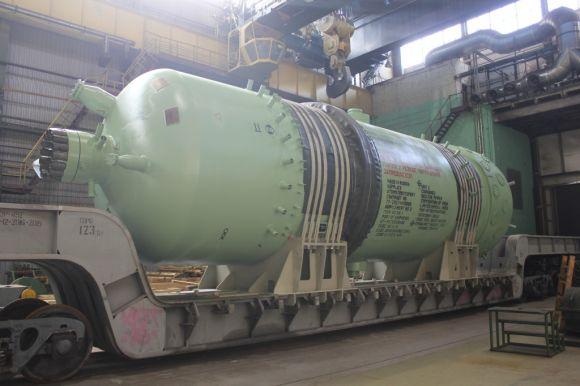 """Ижорските заводи изпратиха компенсатора на налягането за трети блок на АЕЦ """"Куданкулам"""" в Индия"""