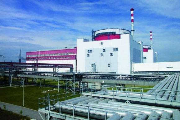 """CEZ инвестира 50 милиона крони за реконструкция на тръбопроводите за технологично водоснабдяване на АЕЦ """"Темелин"""""""