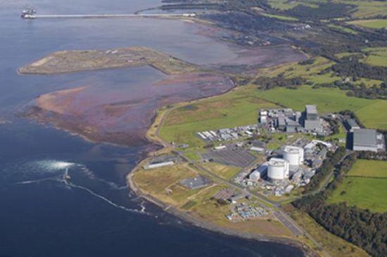 """Шотландия – Нови пукнатини са открити по корпуса на реактора на """"Hunterson-B"""""""