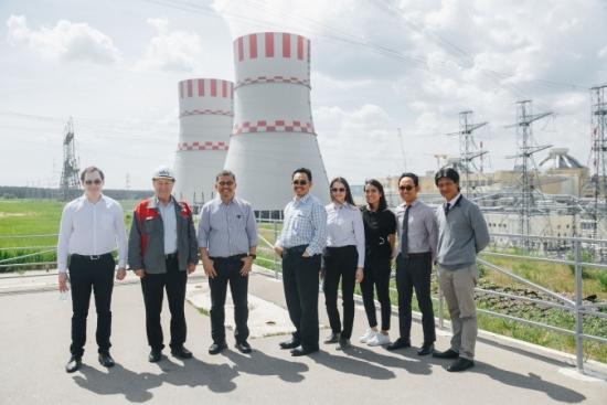Представители на комитета по национална икономика и промишленост на Индонезия се запознаха с новите ядрени технологии в НВАЕЦ