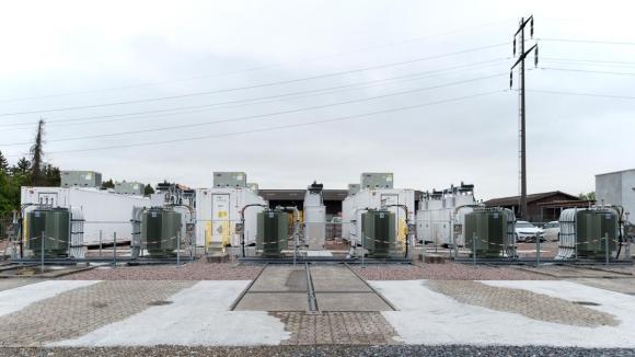 Швейцария пусна най-голямата си система за съхранение на електроенергия