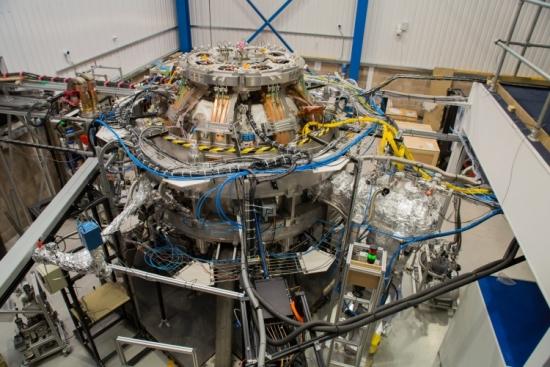 Великобритания – Токамак Енерджи постига 15 милиона градуса на етапа сливане в реактора ST40