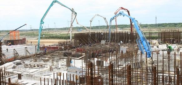 Приключи изливането на фундаментната плоча на първия енергоблок по проекта «ВВЭР-ТОИ» на строящата се Курска АЕЦ-2