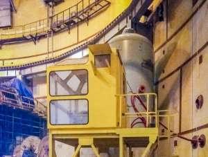 """На строителната площадка на Ленинградската АЕЦ се монтира """"най-умният"""" кран на централата"""
