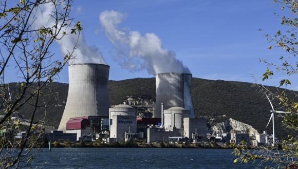Във Франция предупреждават за заплаха от аварии на ядрени обекти