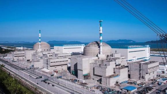 Китай – Първият енергоблок в света с EPR-1600 бе включен в паралел с енергийната система на страната