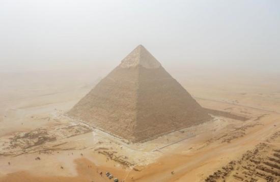 Великата пирамида на Хеопс в Гиза може да е била древна електроцентрала