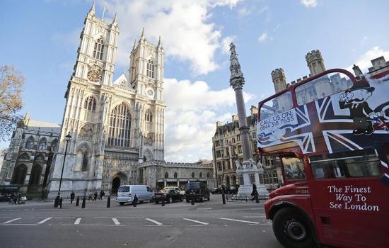 Повече от пет хиляди църкви в Обединеното кралство преминаха към възобновяема енергия