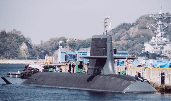 Японците пуснаха първата подводница с литиево-йонни акумулаторни батерии